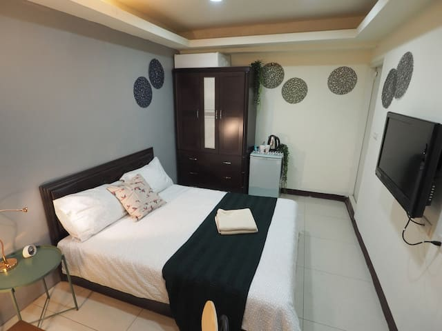 Simple Cozy Studio @ Ximen MRT