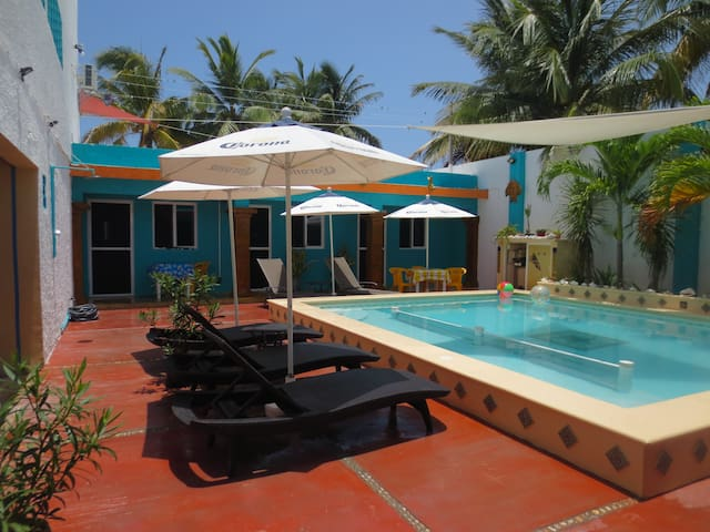 Chelem  Poolside Apartment!