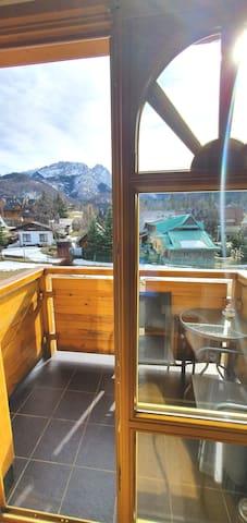 Widok z balkonu salonu