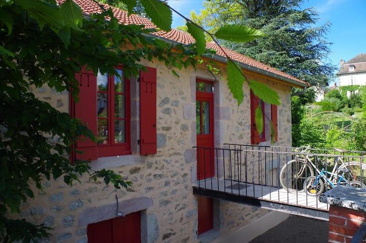 """Les Gîtes du Moulin de Poil, """"Le Petit Moulin"""""""
