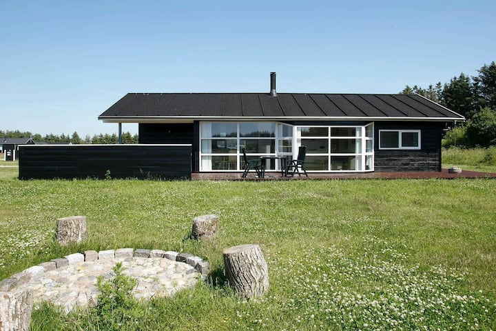 Cosy Holiday Home in Løkken with Sauna