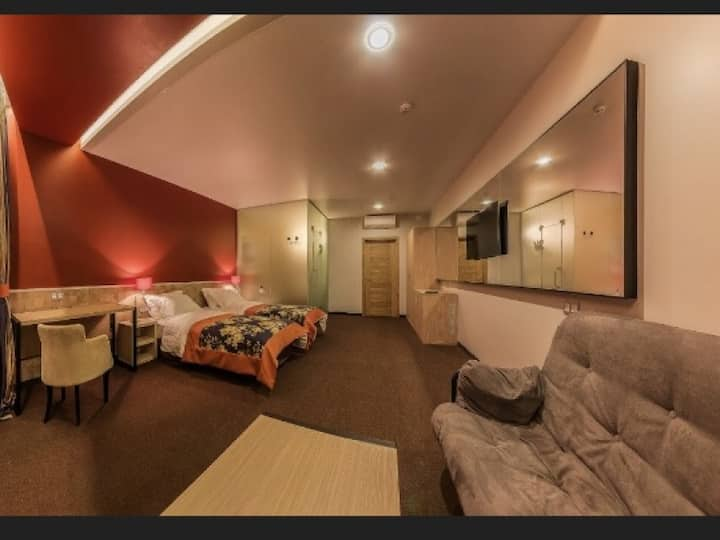 Mini-hotel People