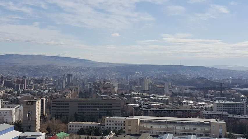 Beautiful Appartment with fresh air and nice view - Tbilisi
