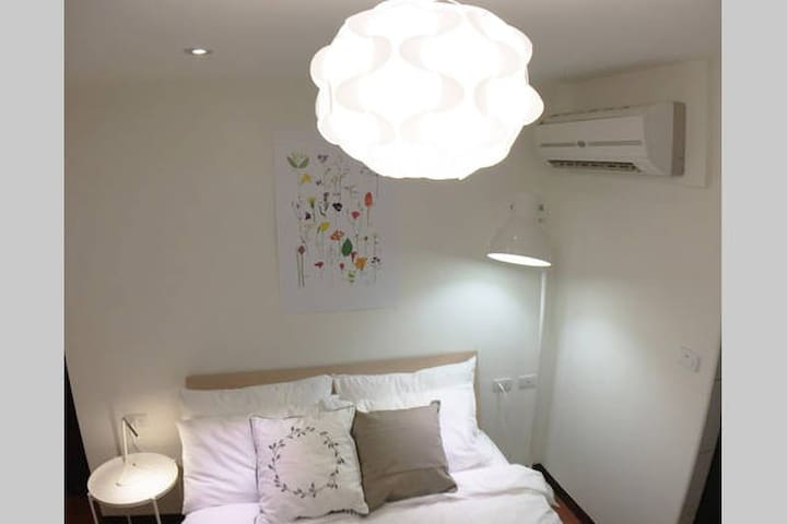 Cozy, Clean Studio P - 2min walk from Ximen MRT