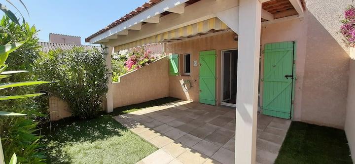Villa 4 pers avec terrasse à 150m de la plage