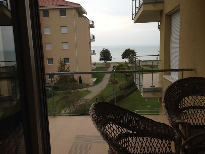 Beautiful apartment by lake Balaton
