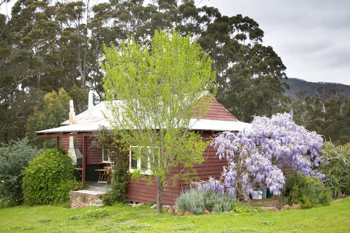 The Pioneer Cottage. An icon of the Porongurups.