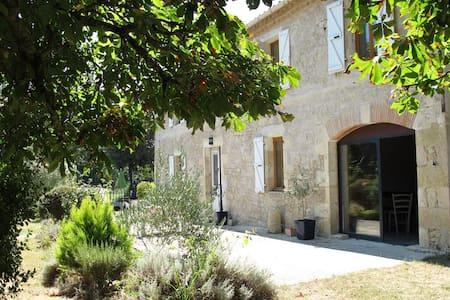 """Maison d'hôtes """"Chez Marie"""" B&B - Monfort"""