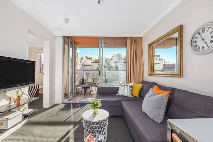 Chippendale - Bright Central Pad, Pool & Parking