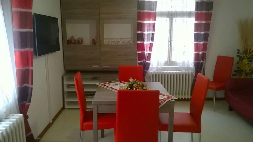 Appartamento rosso TRE CIME DI LAVAREDO - Auronzo di Cadore - Lejlighed
