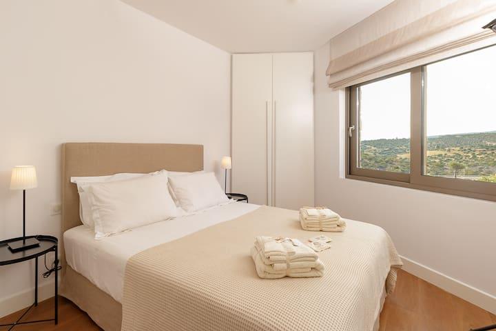 Bedroom 4 with en-suite bathroom