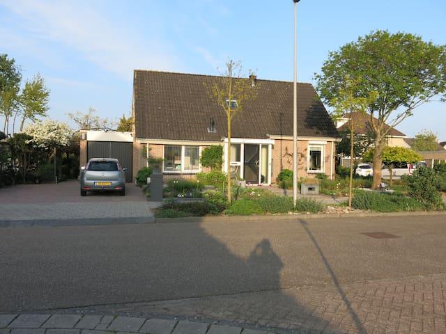 Luxe Bungalow, vakantie in  buurt Giethoorn Wieden