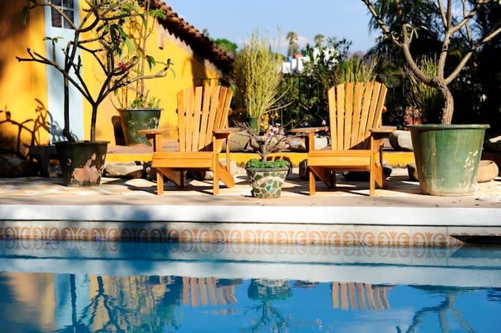 Casa Bacuuza Güi - Adobe oasis near Oaxaca centro
