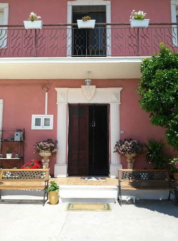 Bed & Breakfast New Camelot - Corropoli - Pousada