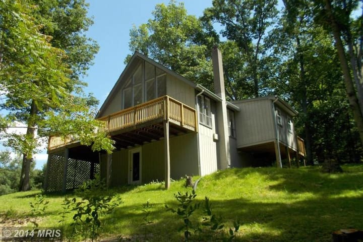 Cozy A-Frame by Shenandoah River in Wine Country! - Front Royal