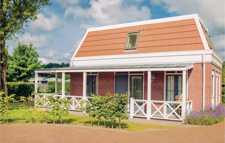 Holiday cottage with 1 bedroom on 100m² in Noordwijk