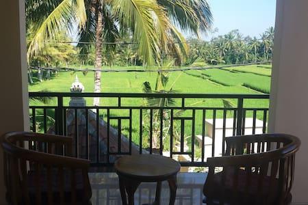 Romantic rice paddies getaway for couple - Gianyar