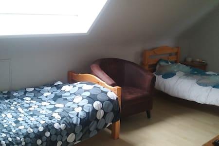 2 chambres dans maison avec jardin - Bondues