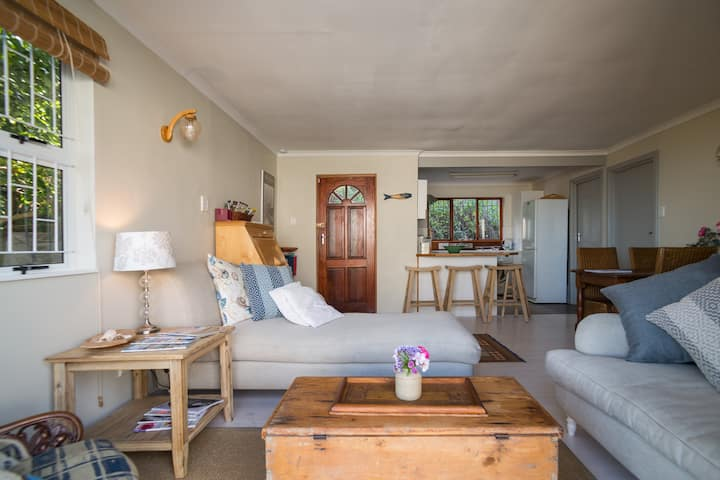 Sea Holly Cottage in Noordhoek