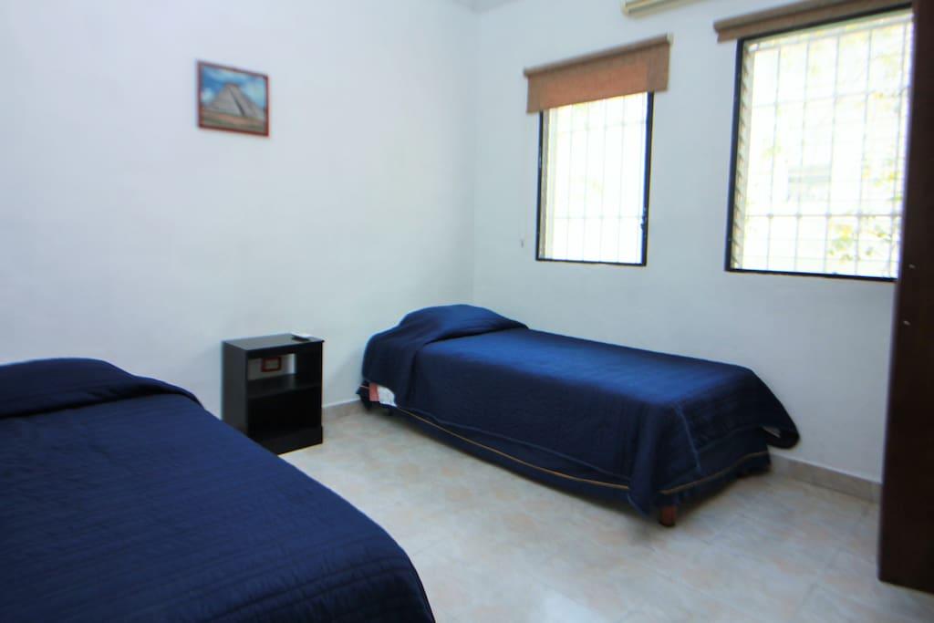 Habitación 2 con 2 camas individuales