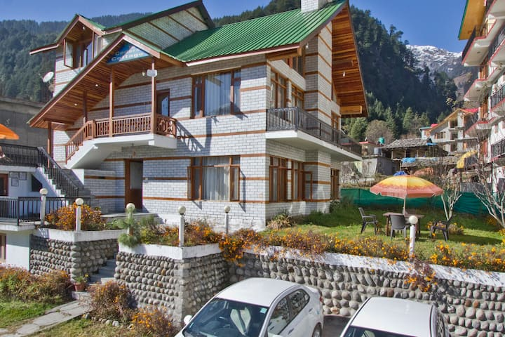 THE CEDAR VILLA 4 BHK COTTAGE(TOP FLOOR)
