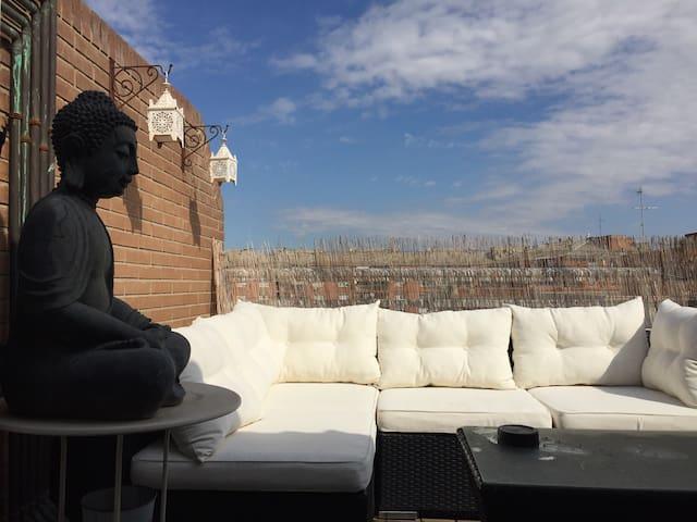 Ático duplex con agradable terraza! Hb de sofacama - Lérida