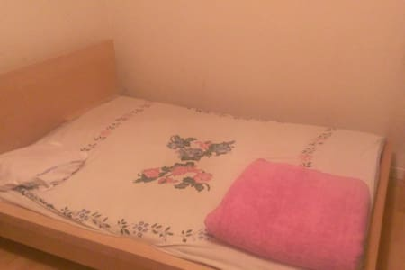 Cozy room with kitchen - Huoneisto