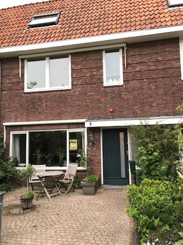Very spacious family house, south of Amsterdam
