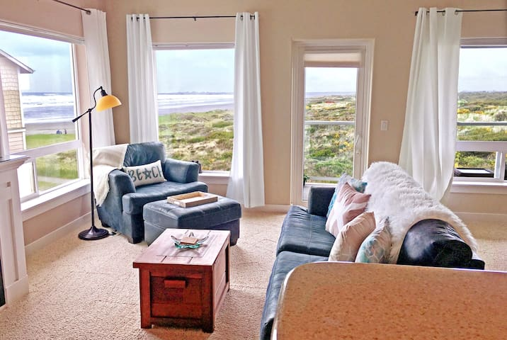 OceanView☆Beach Access~TopFL~HotTub~KingBed~JetTub