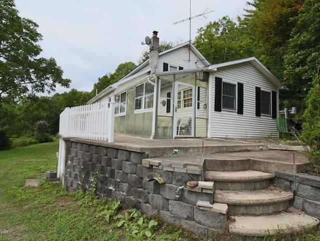 house - Glen Mills - House