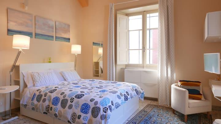 Three Rooms - White