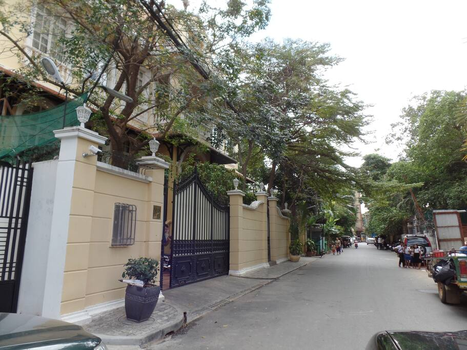 Street 9 is the is right at the heart of the city, yet quiet