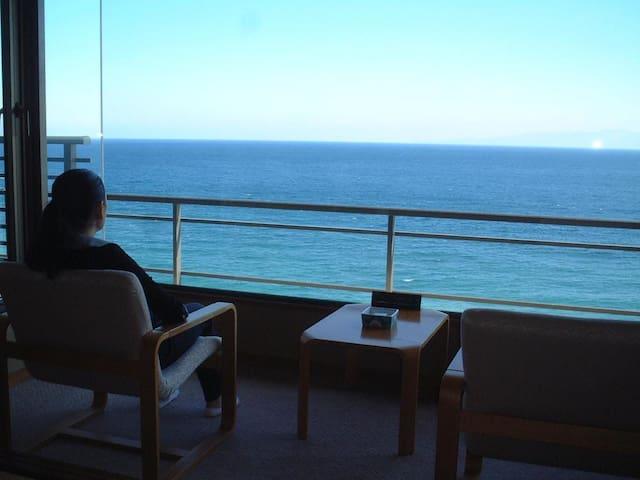 Ocean View! 0-minute walk to the beach.Enjoy Onsen