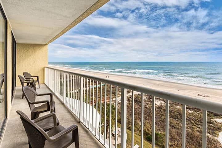 Two Bedroom Ocean Front Luxury Condo, Myrtle Beach (A638)