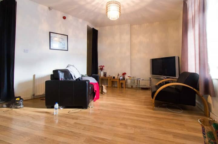 Studio apartment, Headingley