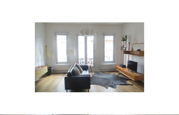 Charming and bright apartment in City Centre!