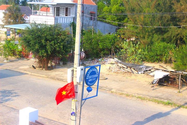 Golden Lantern Tam Thanh Beach Village