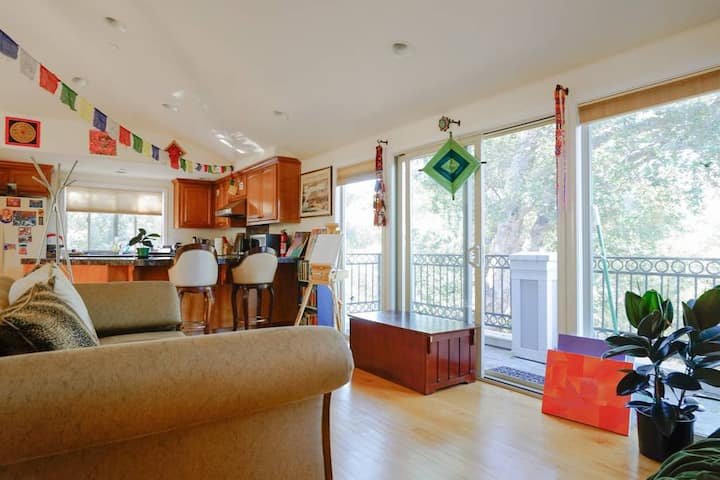Vista of Woods - Adjoining Art Villa Community