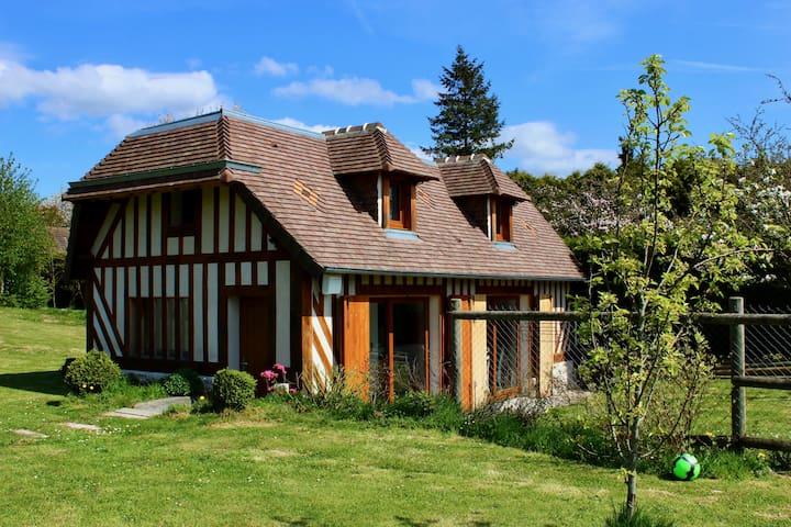 Au Petit Bonheur - Gîte normand - Saint-Martin-aux-Chartrains - House