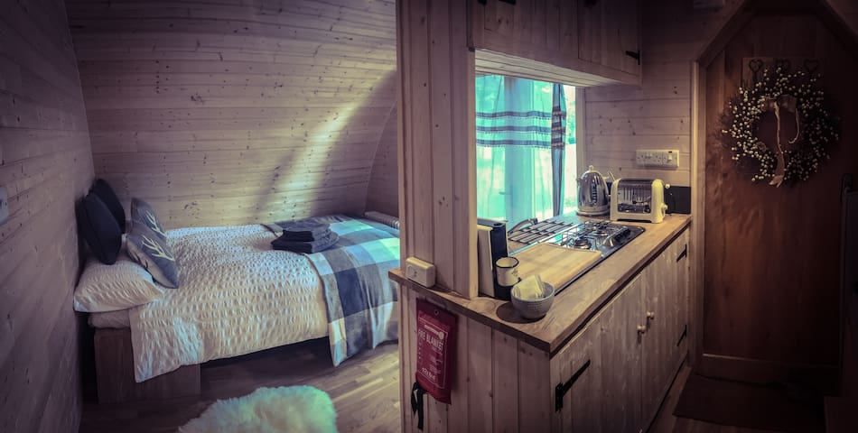 Light and airy Cabin -larger than an average glamping pod.