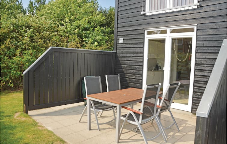Holiday apartment with 2 bedrooms on 68m² in Nørre Nebel