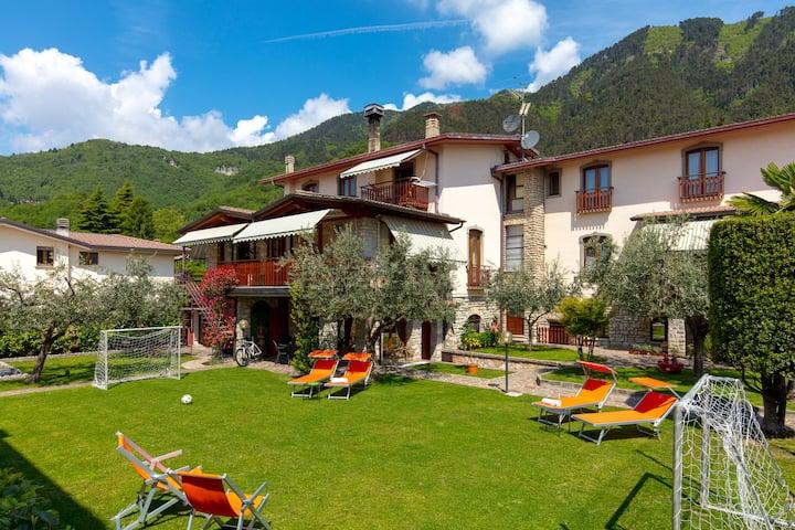 VILLA MARIAROSA. A holiday close to Lake Garda.