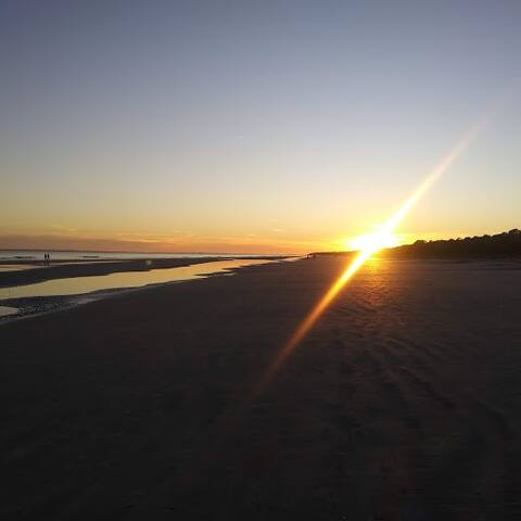 Walk To Beach Winter Rental