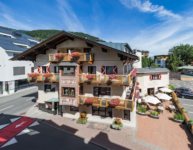 Hotel Glasererhaus***