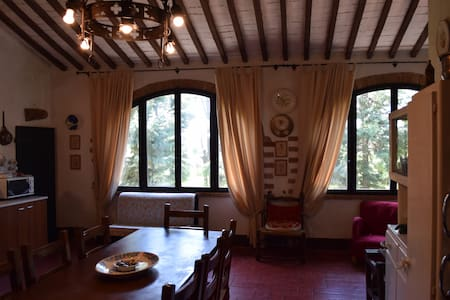 Charming country house with pool - Montagnano