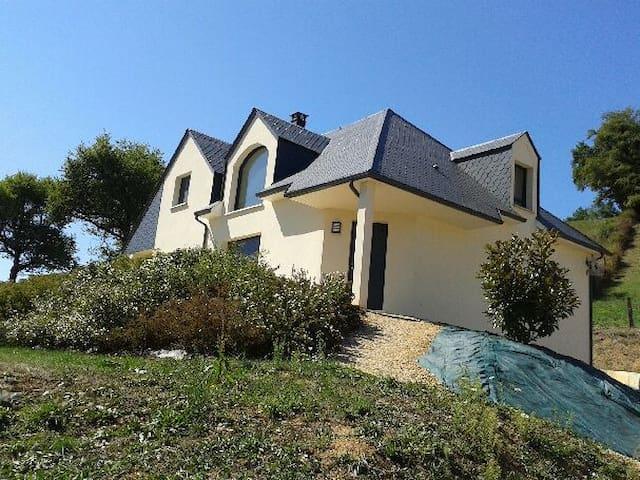 Belle contemporaine T6 avec vue - Saint-Geniez-d'Olt