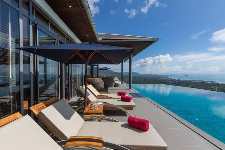 Baan View Talay - 4 bdr classical luxury villa