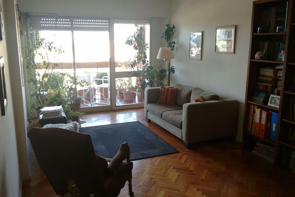 Living de día  //  Living room in the day