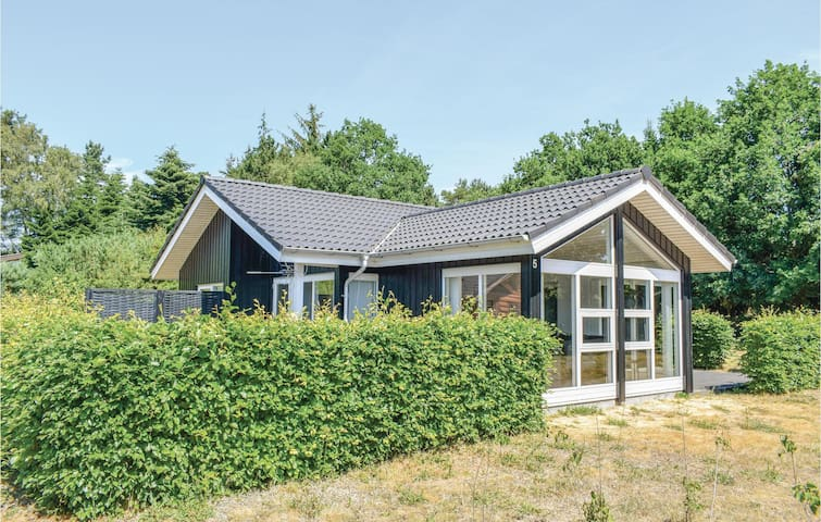 Holiday cottage with 3 bedrooms on 80m² in Ebeltoft