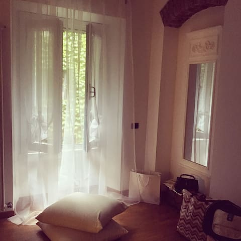 Cosy Flat in the Center of Milan